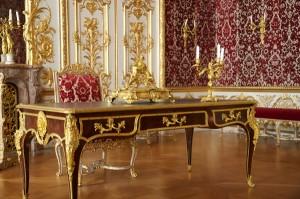 La chambre du roi à la Résidence de Munich. Les appliques en question sont visibles en situation, sur la droite. Photographie Jay Tong, Flicker